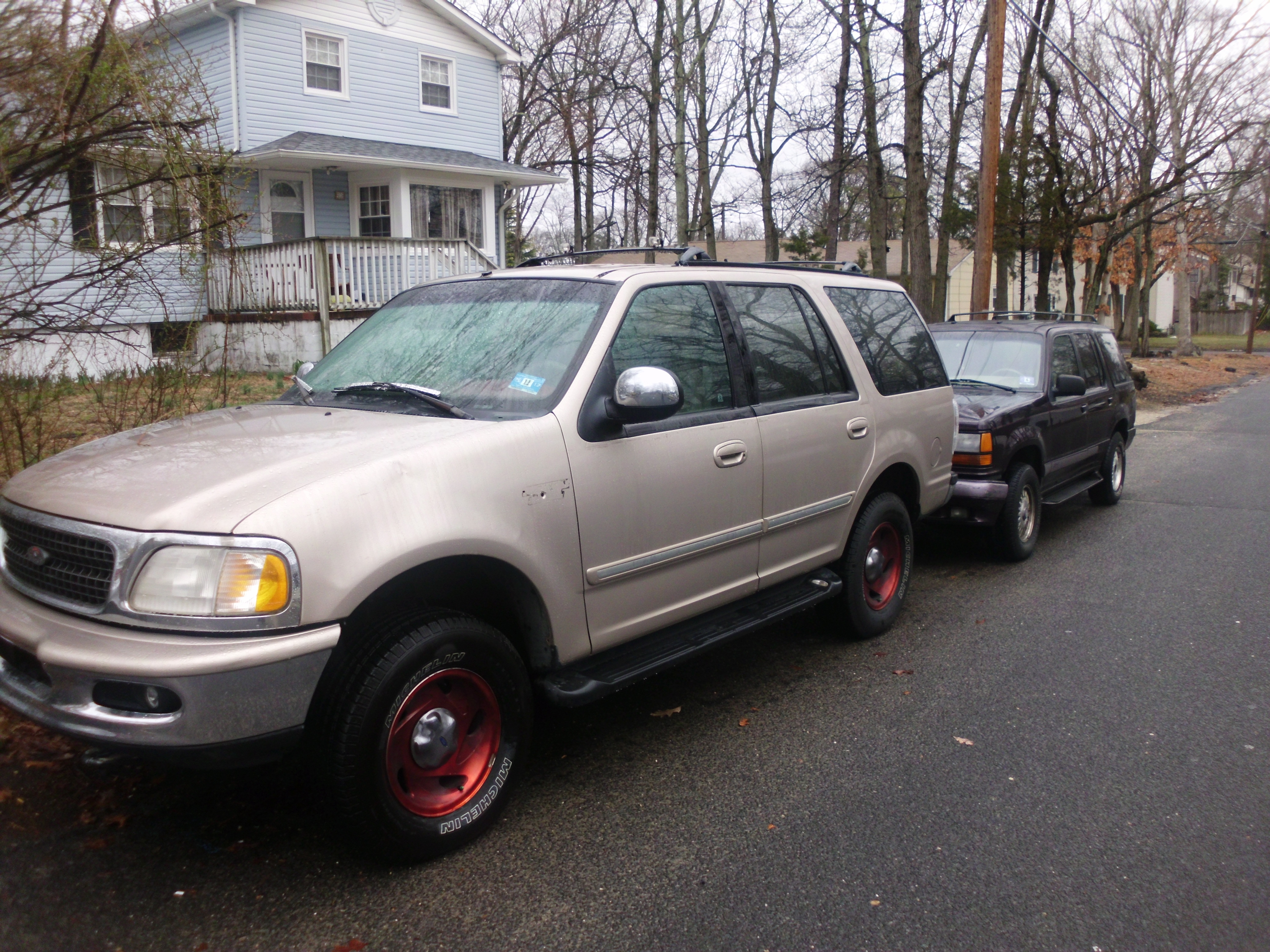 Another storklimited94 1997 Ford Expedition post... - 15079237