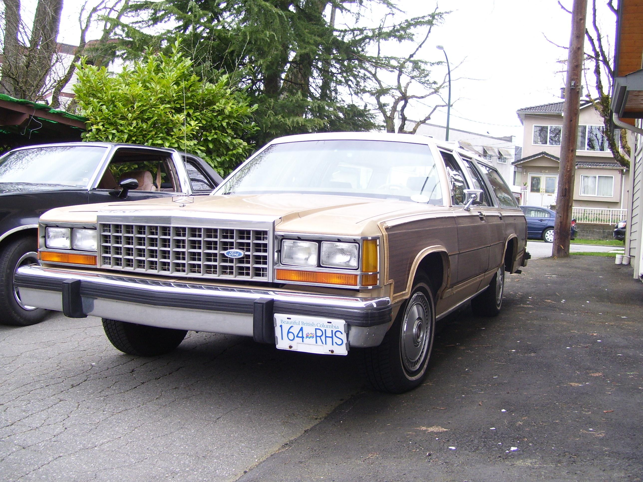 discocaravans 1986 Ford Country Squire