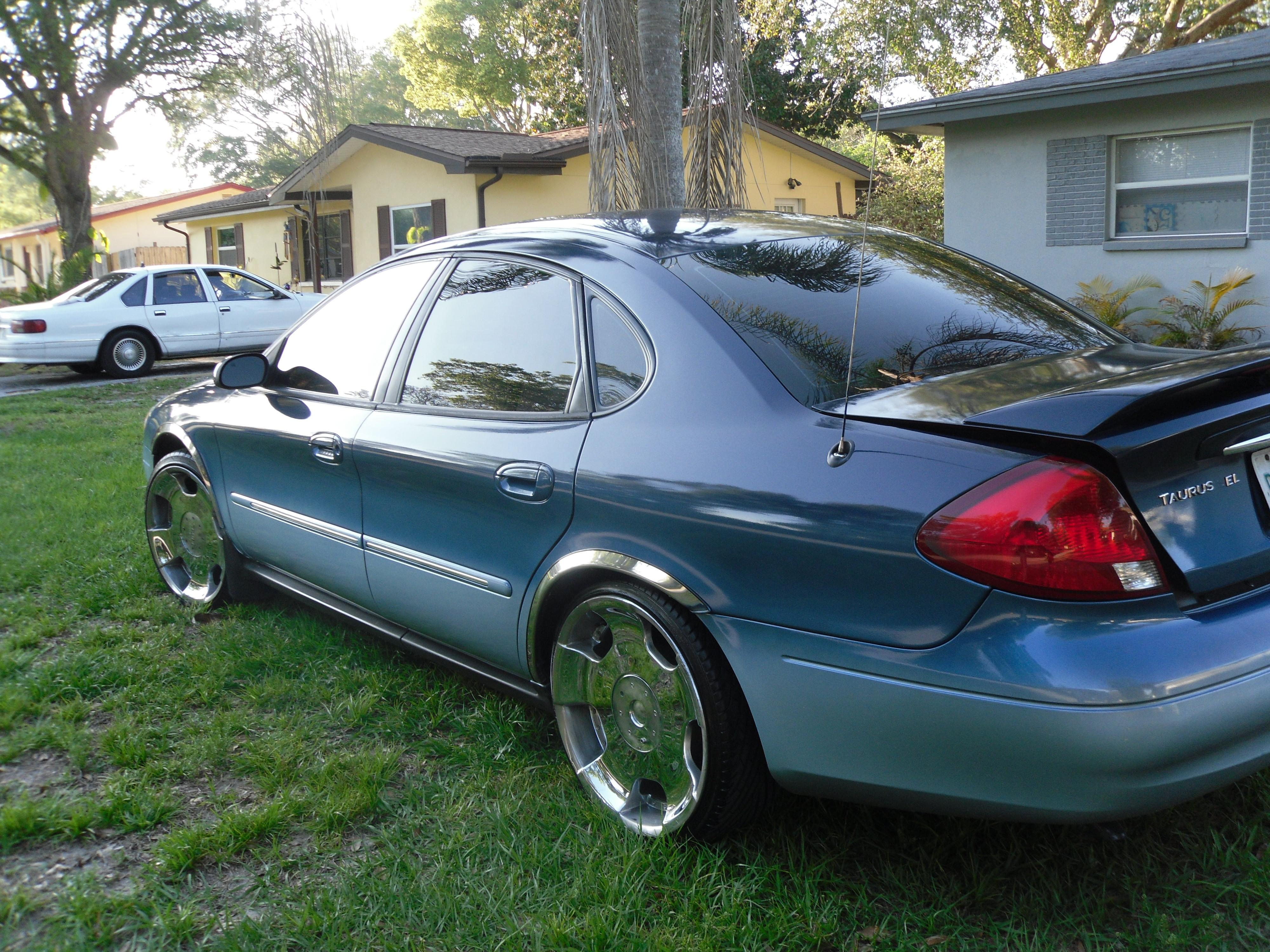 jaccbunny 2006 Ford TaurusSEL Sedan 4D Specs, Photos ...