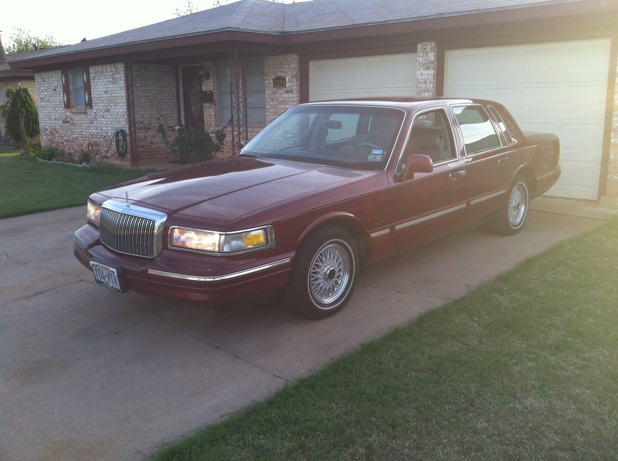 Ralphdoggs Profile In Lowrider Land Ca Lincoln Town Car Another Ralphdogg 1996 Post 15085715