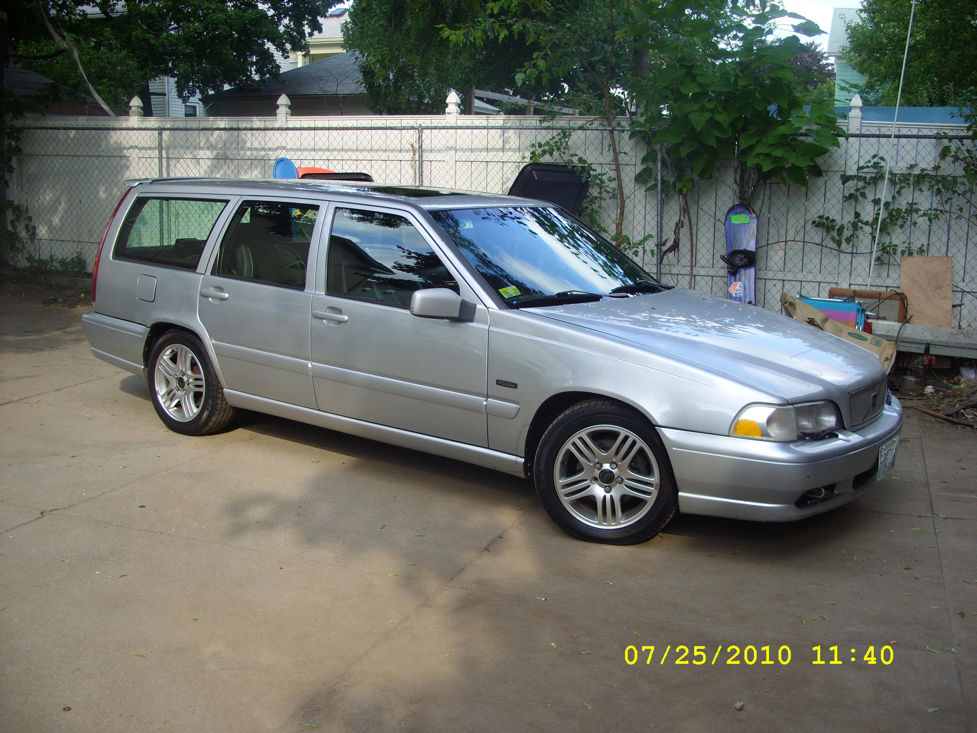 Another jaymely 1998 Volvo V70 post... - 15096300