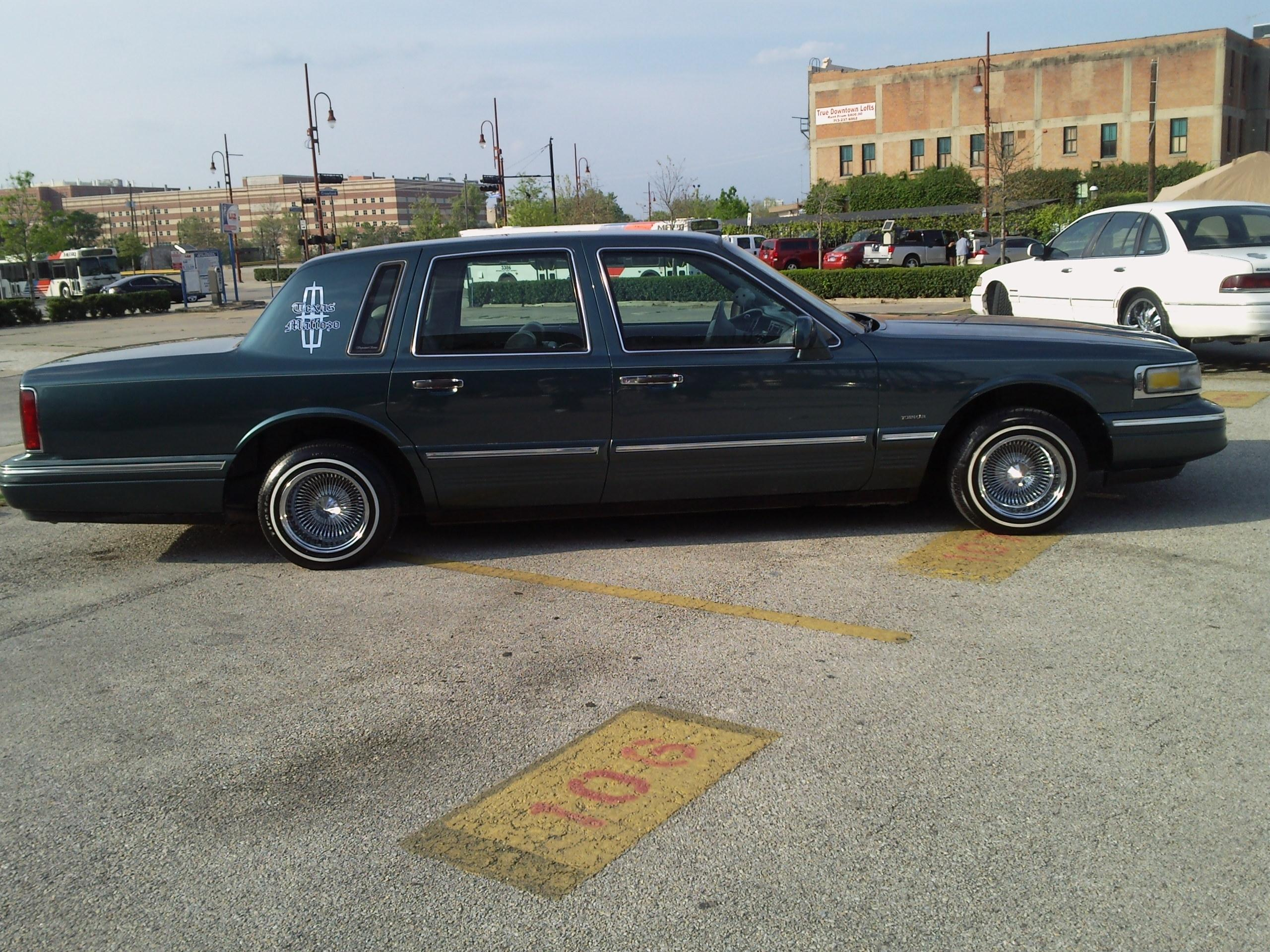 Carnales Styleccs Profile In Houston Tx Lincoln Town Car Lowrider Another Stylecc 1996 Post 15100743