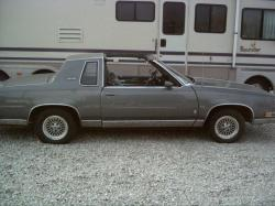 HDRIDE79 1987 Oldsmobile Cutlass Salon