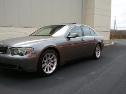 paperchasin05's 2005 BMW 7 Series