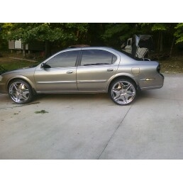 Another hpope32 2001 Nissan Maxima post... - 15102485