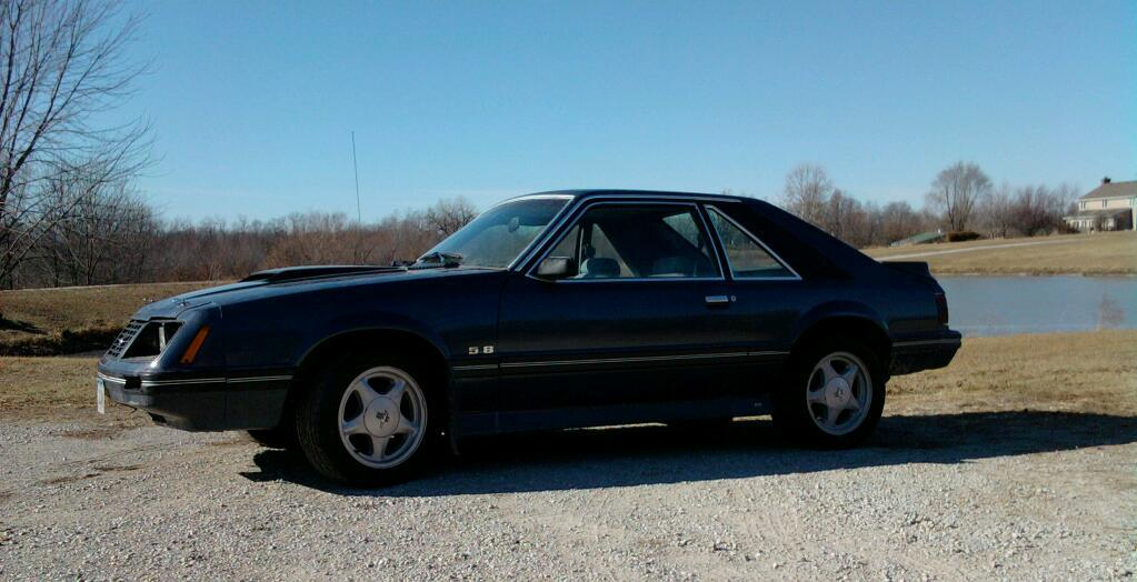 NOTa302 1983 Ford Mustang