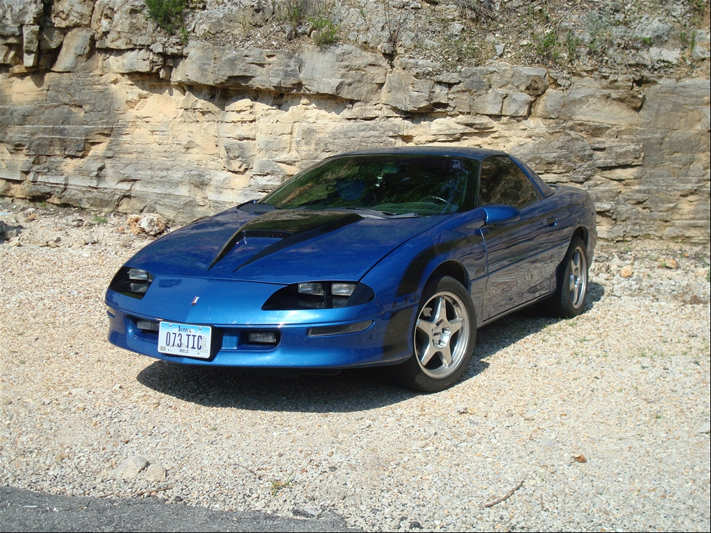 Bluebomber96 S 1996 Chevrolet Camaro Z28 Coupe 2d In