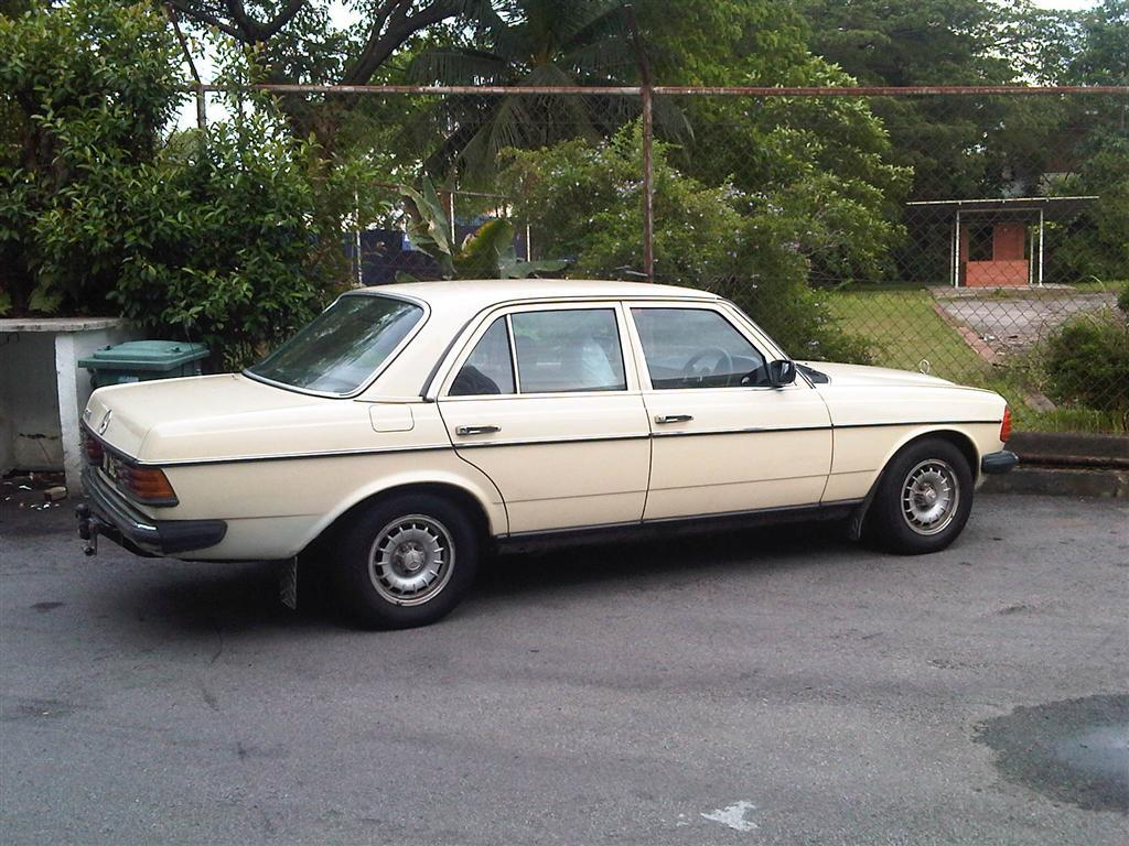 Another nickgomez 1984 Mercedes-Benz 230 post... - 15105432