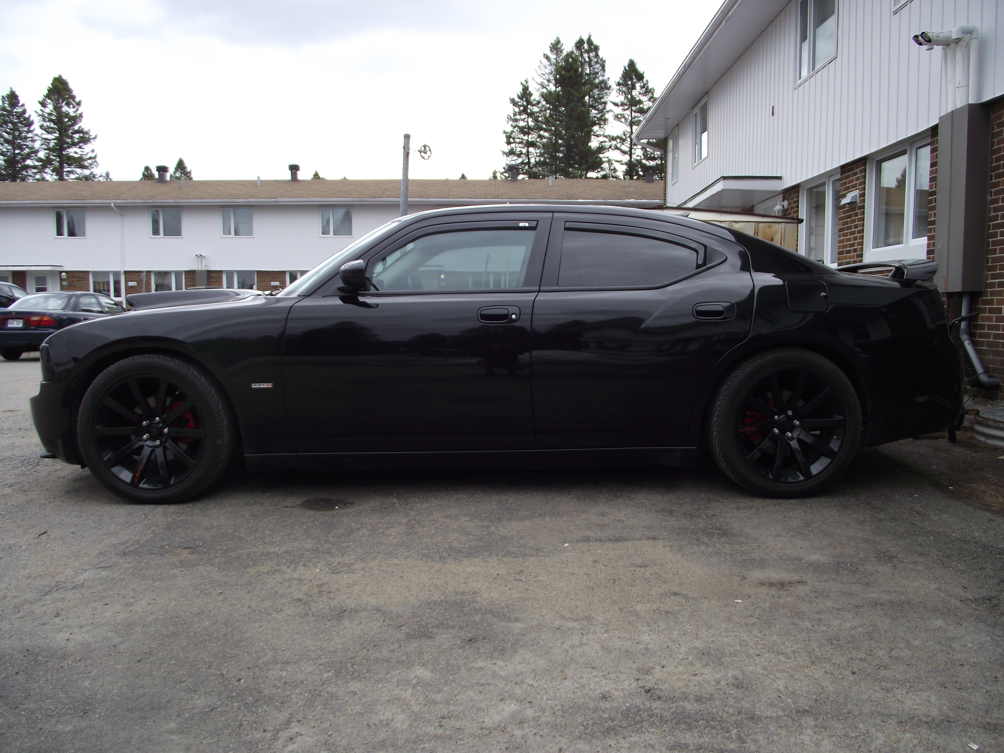 GCherokeeZJ 2010 Dodge Charger 15113123