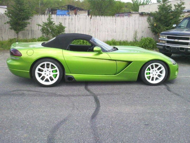 Another ras188_300m 2004 Dodge Viper post... - 15115332