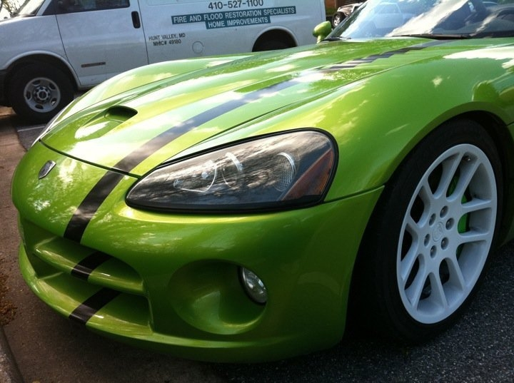 Another ras188_300m 2004 Dodge Viper post... - 15115333