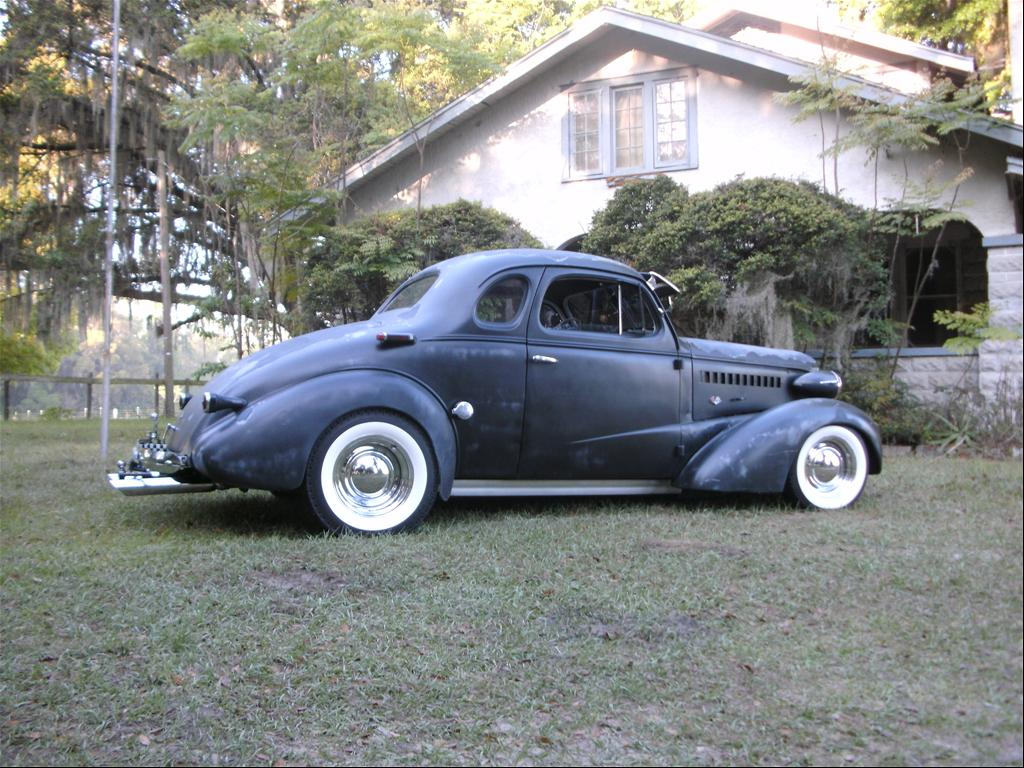 Neonmoon2nite's 1938 Chevrolet
