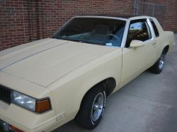 drchevy404 1987 Oldsmobile Cutlass Salon