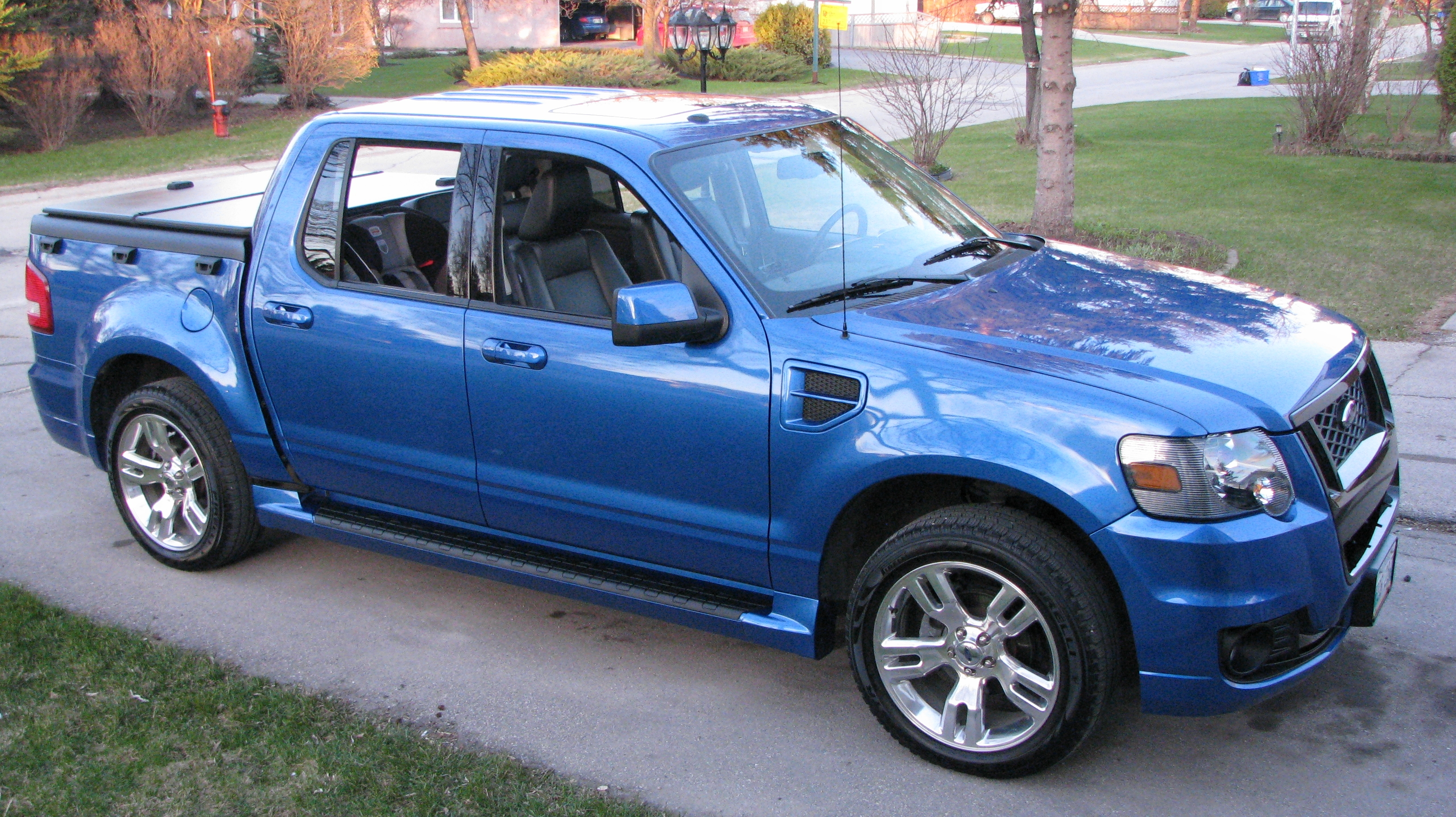 Hammer3 8 2010 Ford Explorer Sport Traclimited Specs Photos Modification Info At Cardomain