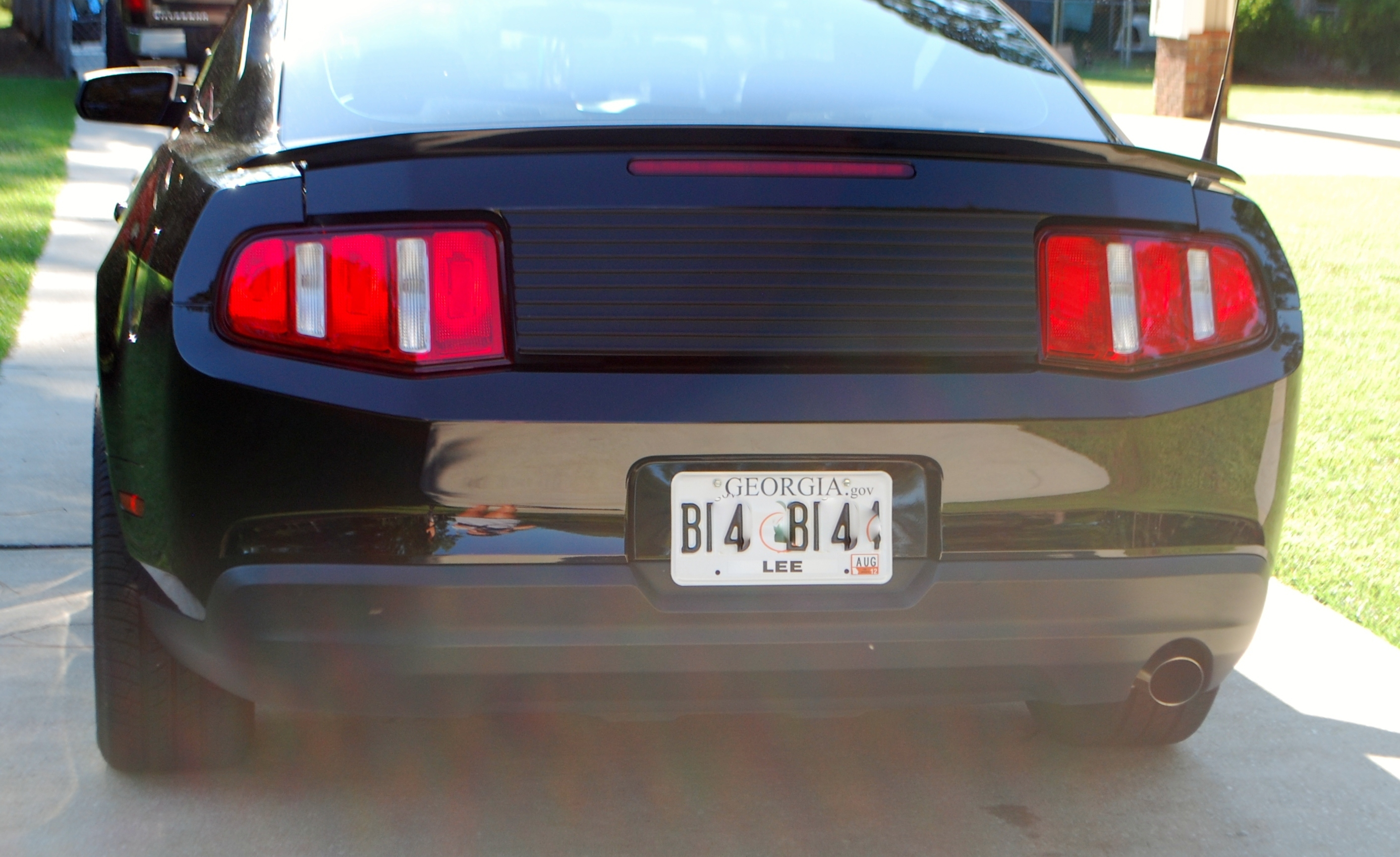 Another brown333rado 2010 Ford Mustang post... - 15123621