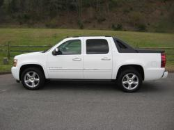 gray83 2010 Chevrolet Avalanche 1500
