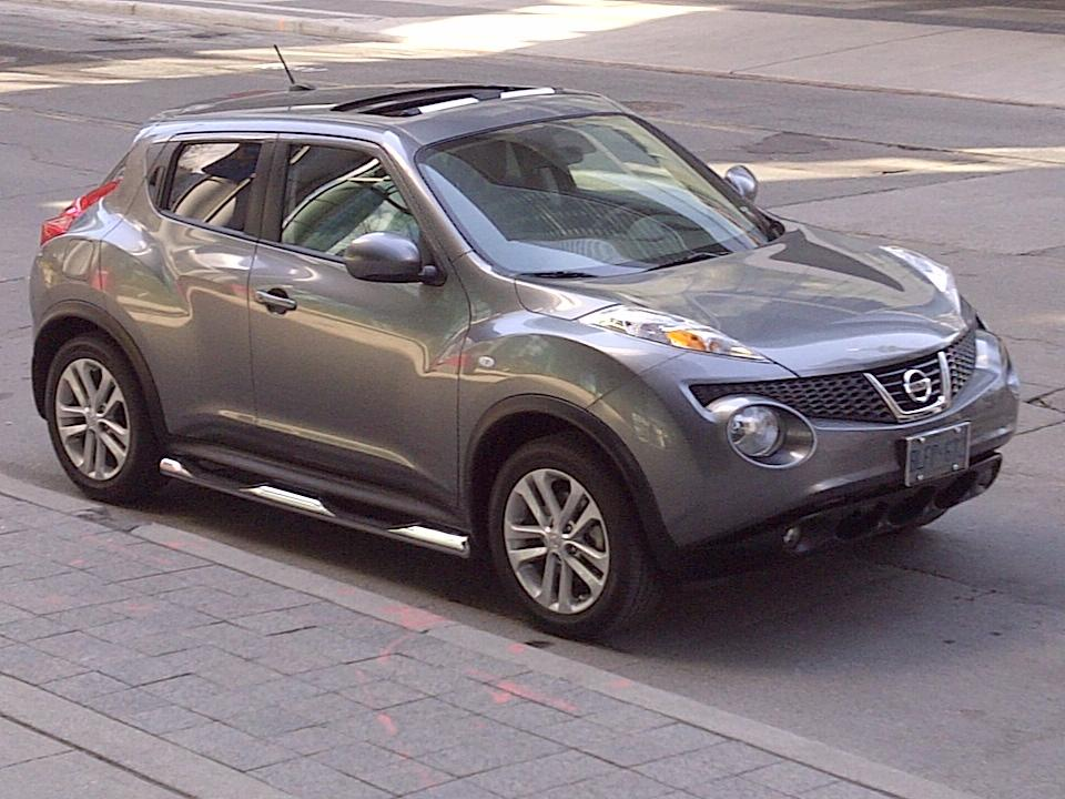 juke4mike 2011 nissan jukesl sport utility 4d specs photos modification info at cardomain. Black Bedroom Furniture Sets. Home Design Ideas