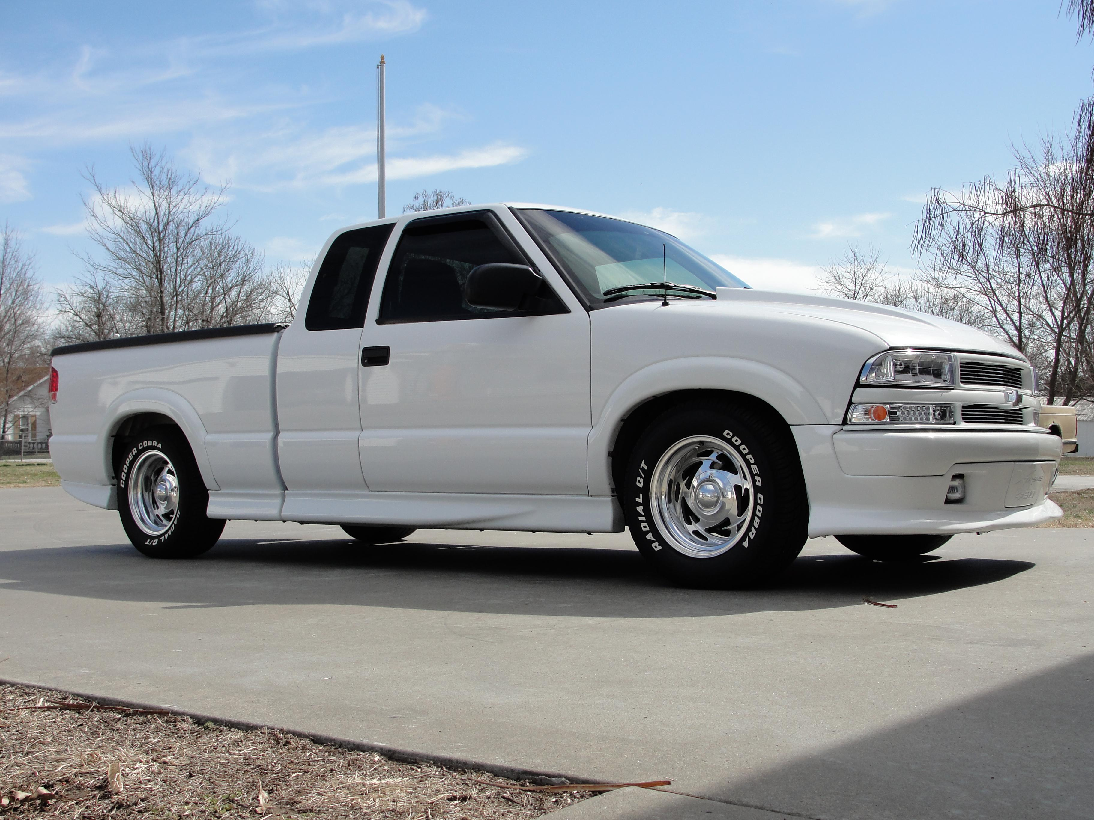 chevypower90 2002 chevrolet s10 extended cabpickup specs photos modification info at cardomain. Black Bedroom Furniture Sets. Home Design Ideas
