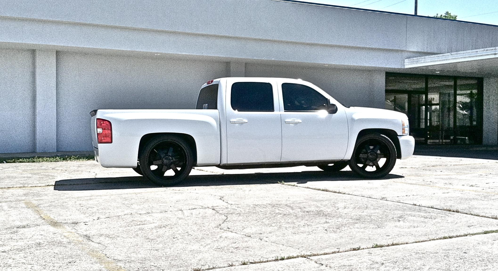 paulbecnel 2007 chevrolet silverado 1500 crew cab specs photos modification info at cardomain. Black Bedroom Furniture Sets. Home Design Ideas