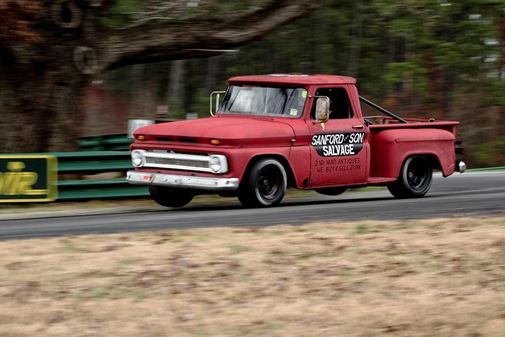 CMDAutomotive's 1964 Chevrolet C/K Pick-Up