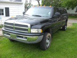 derekterbeest 1999 Dodge Ram 2500 Club Cab