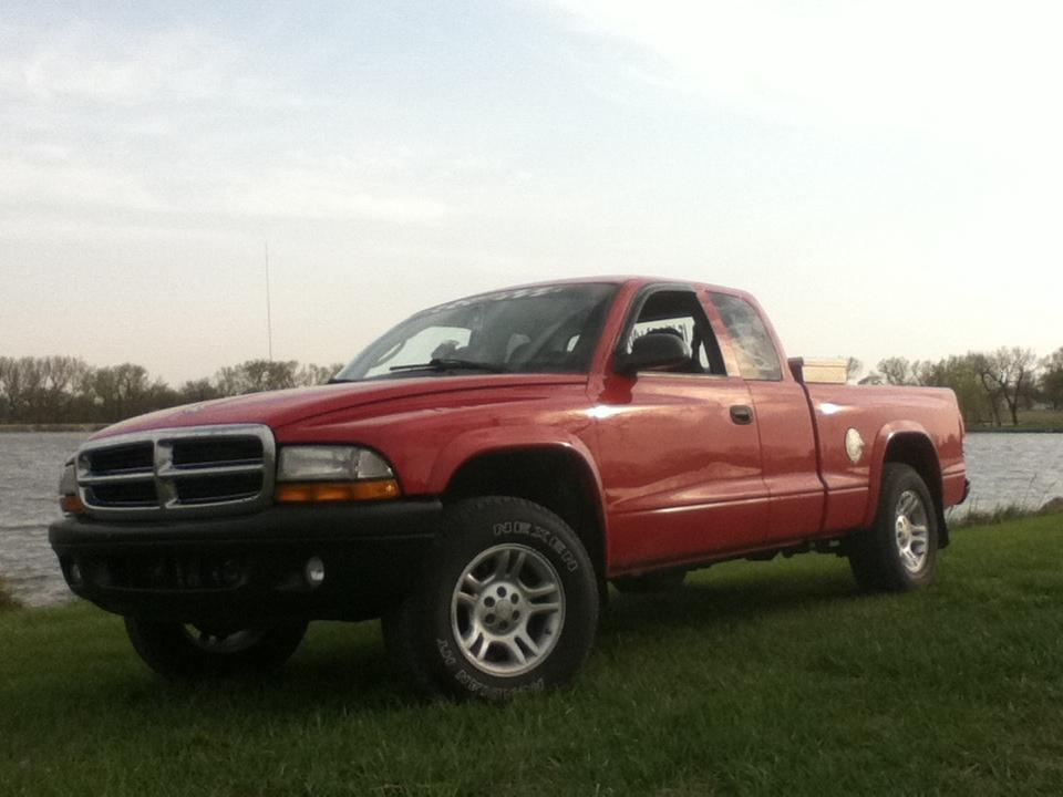 bballbrownie34's 2004 Dodge Dakota Club Cab