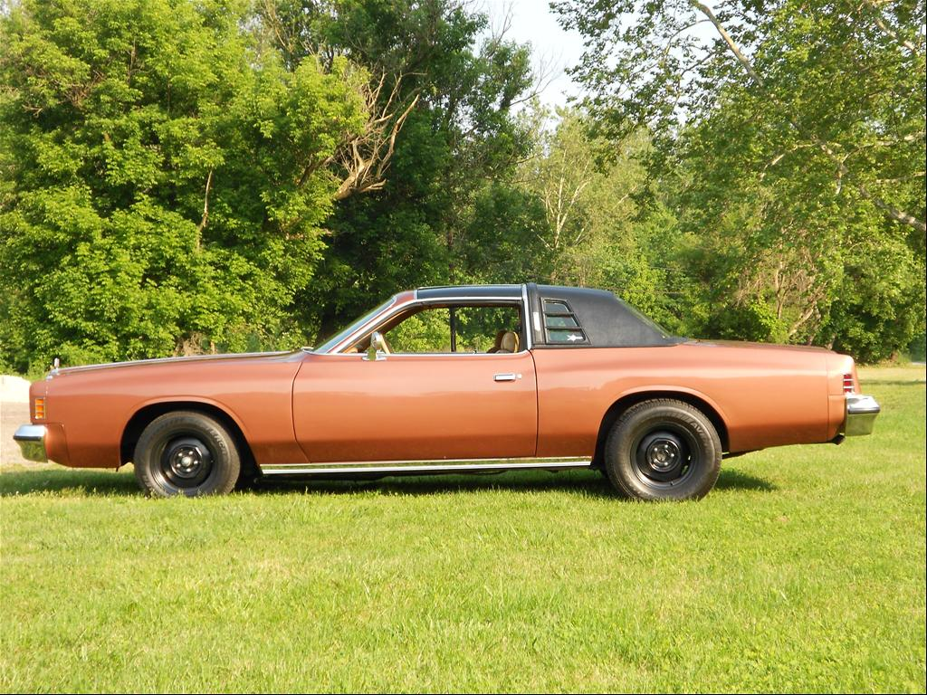 sleepy440 1977 Chrysler Cordoba
