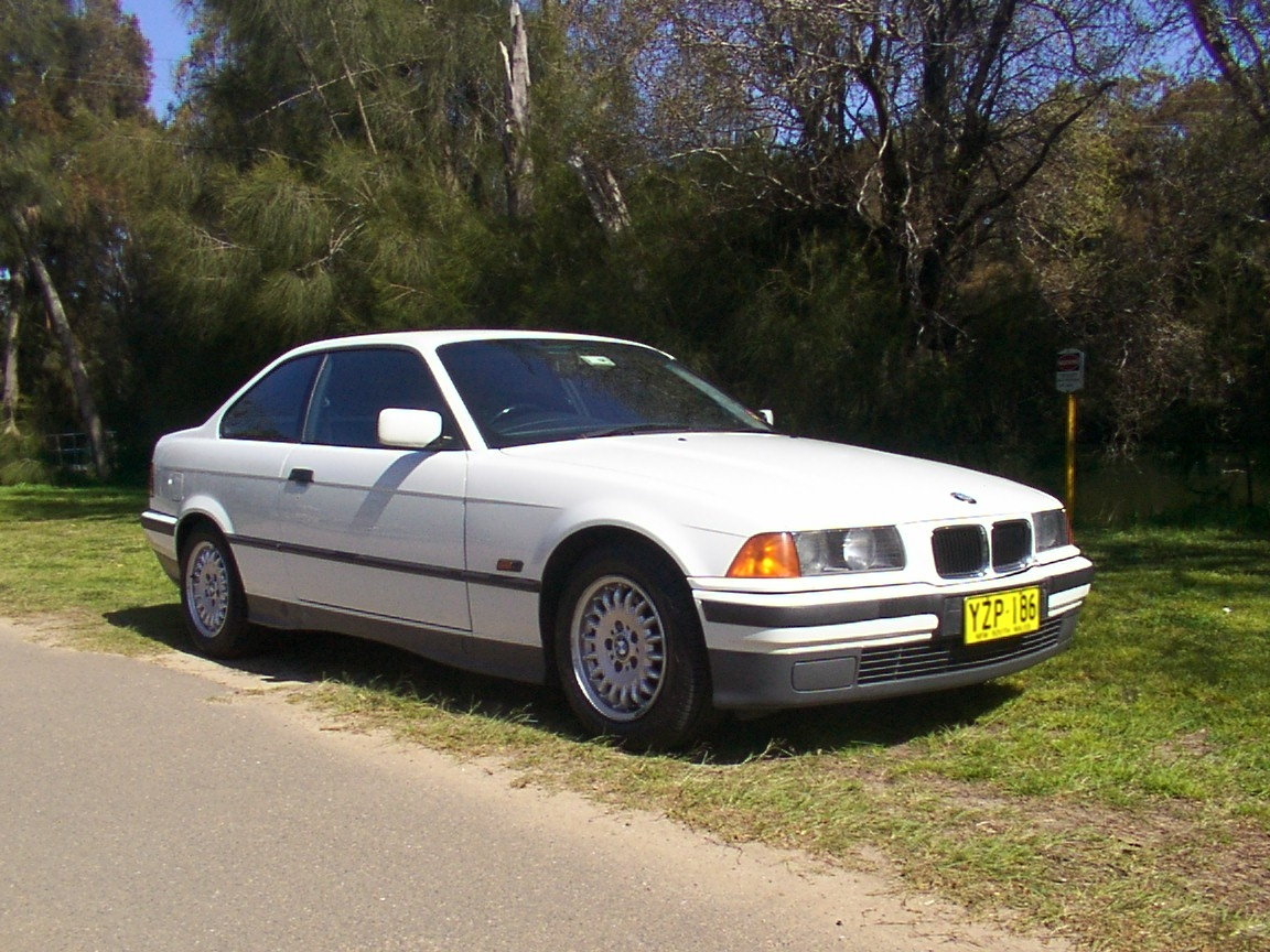 johnaau 1994 bmw 3 series 39249054004_original