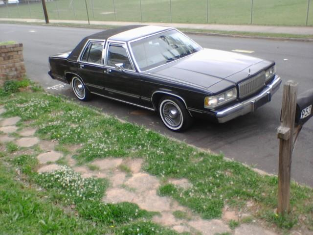 affordablewhips 39 s 1989 mercury grand marquis in atl ga. Black Bedroom Furniture Sets. Home Design Ideas