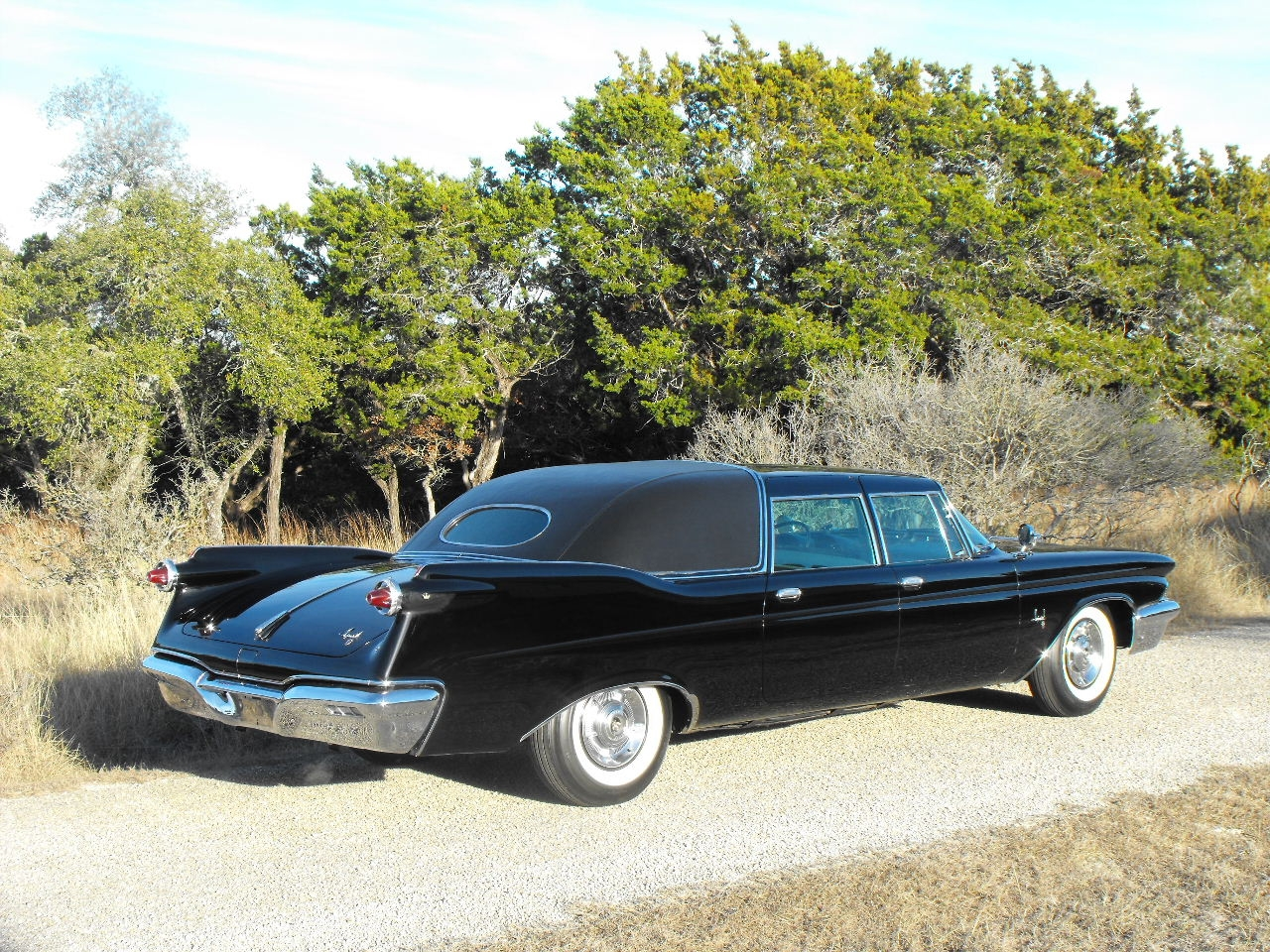 stilloutthere 1960 chrysler imperial specs photos modification info. Cars Review. Best American Auto & Cars Review