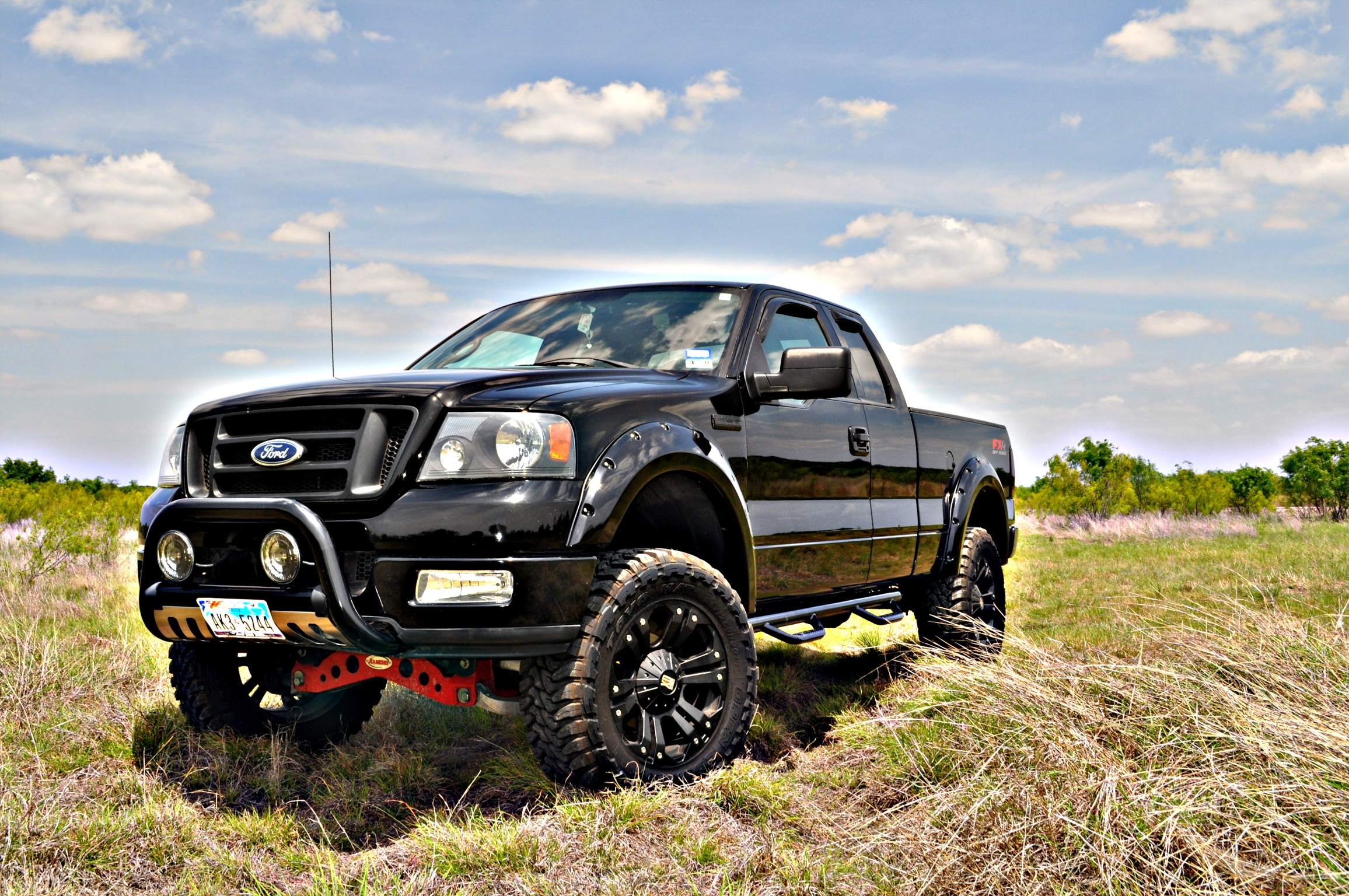 F150 Fx4 2004 Ford F150 Super Cabfx4 Styleside Pickup 4d 6 1 2 Ft Specs Photos Modification Info At Cardomain