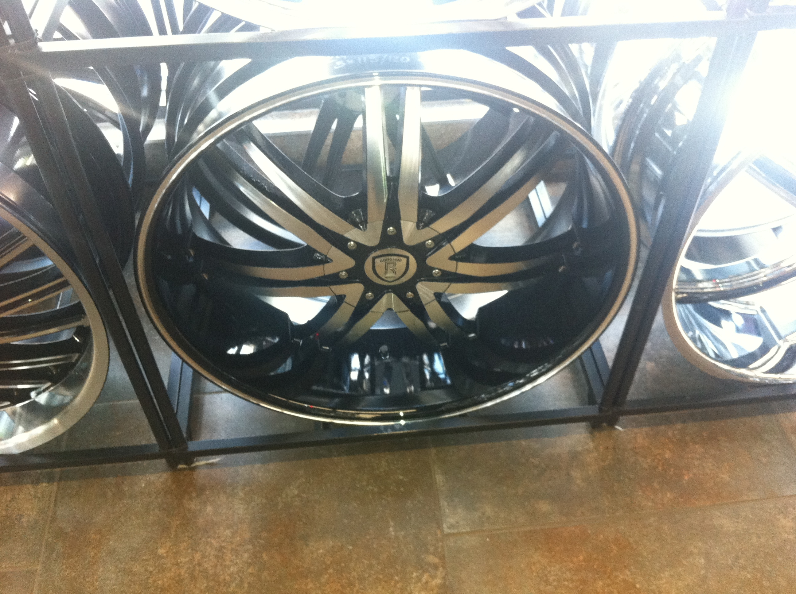 Another blackan3 2011 Chrysler 300 post... - 15817581