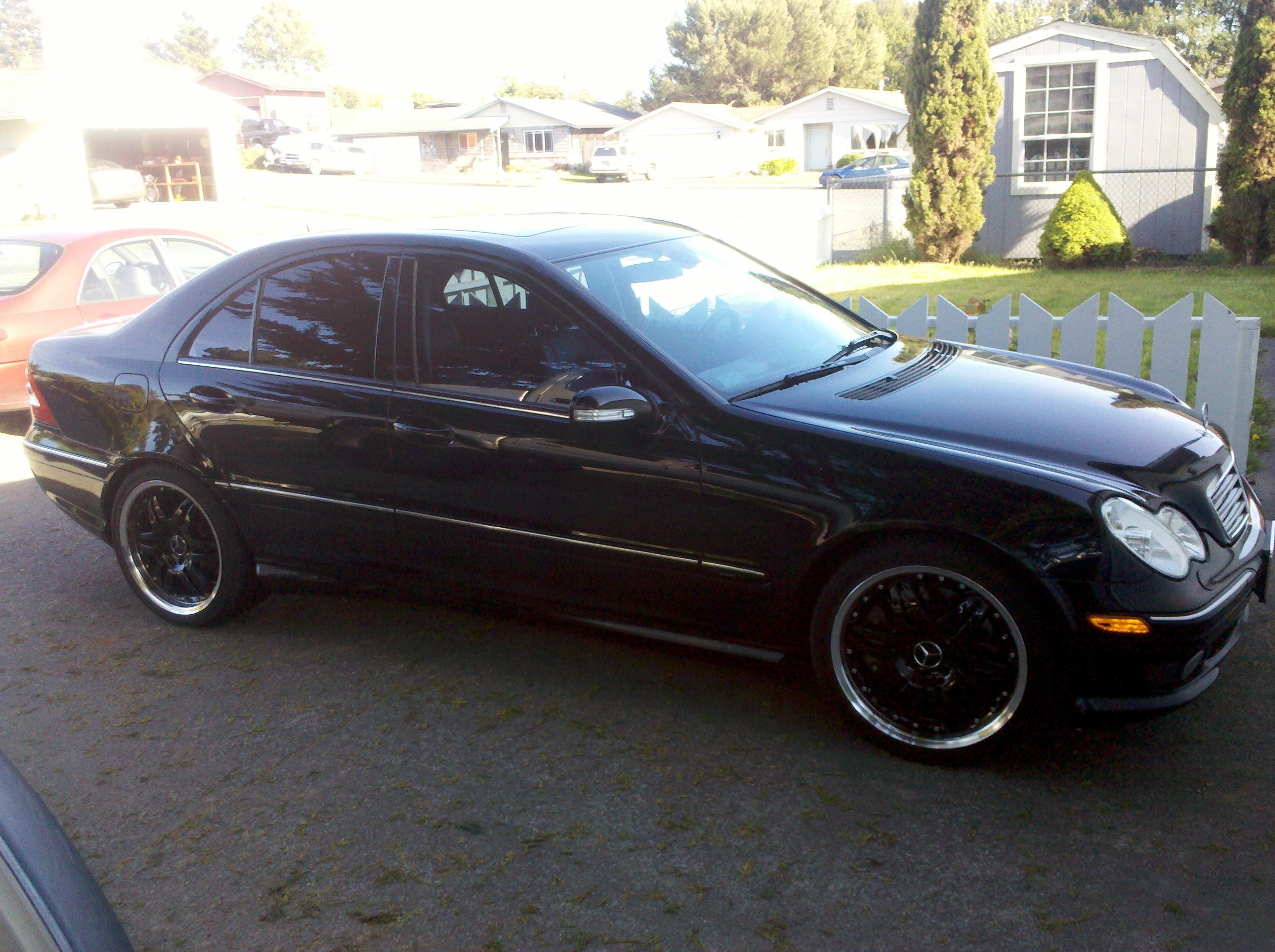 Another MackTownMulisha 2005 Mercedes-Benz C-Class post... - 15171372