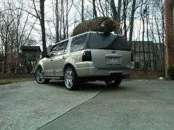 ericeric124s 2004 Ford Expedition