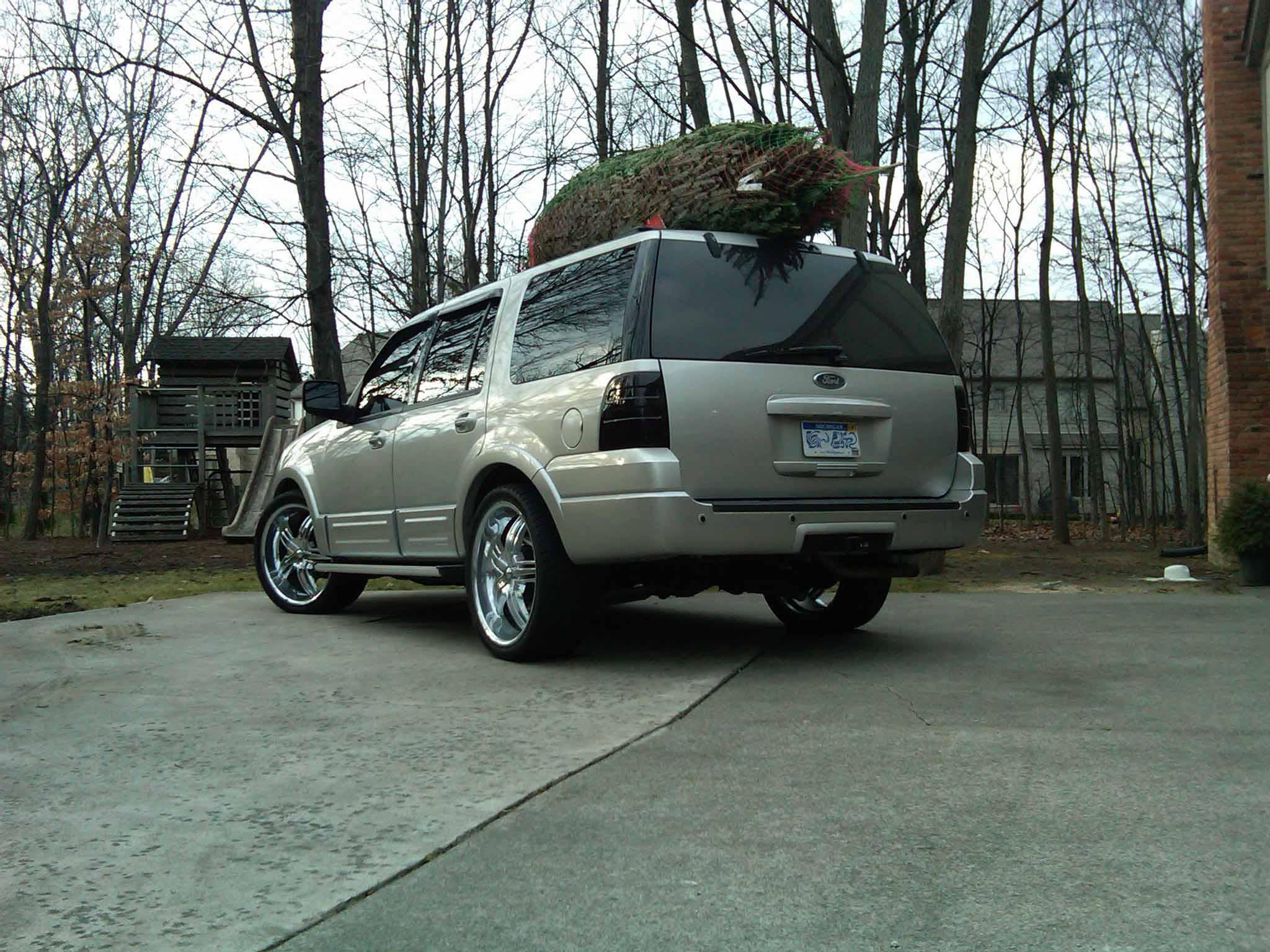 ericeric124 2004 Ford Expedition
