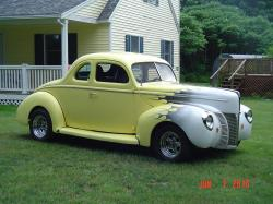oilman 1940 Ford Deluxe
