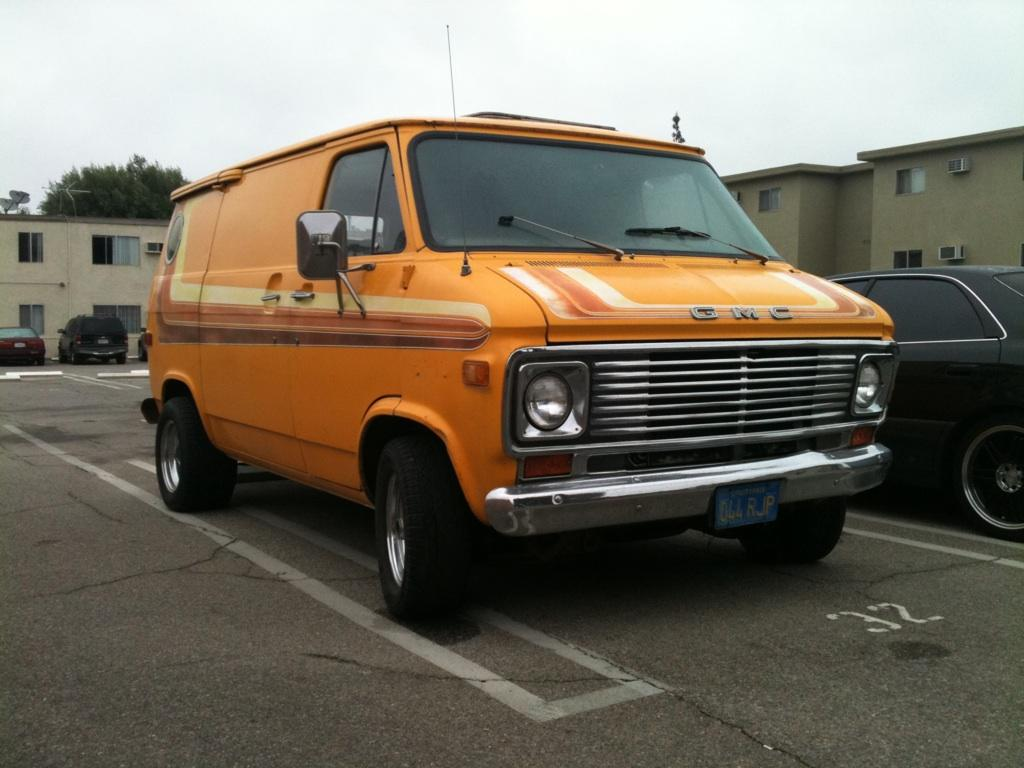 76vonster 1976 gmc vandura 1500 specs photos modification info at cardomain. Black Bedroom Furniture Sets. Home Design Ideas