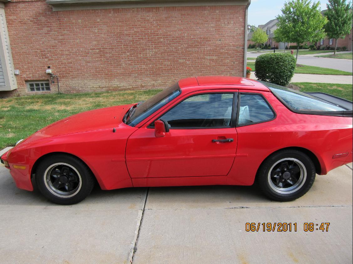 yorkee 1984 Porsche 944 Specs, Photos, Modification Info at CarDomain