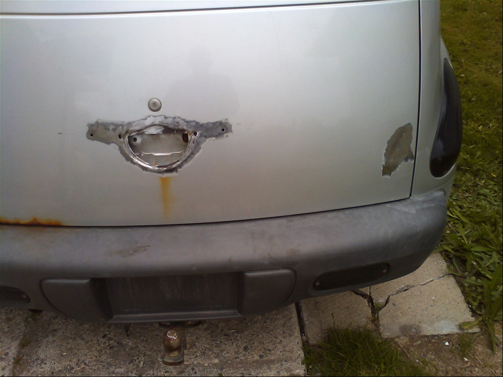 2001 PT Cruiser Starter http://www.cardomain.com/ride/3926903/2001-chrysler-pt-cruiser-limited-sport-wagon-4d/page-2/