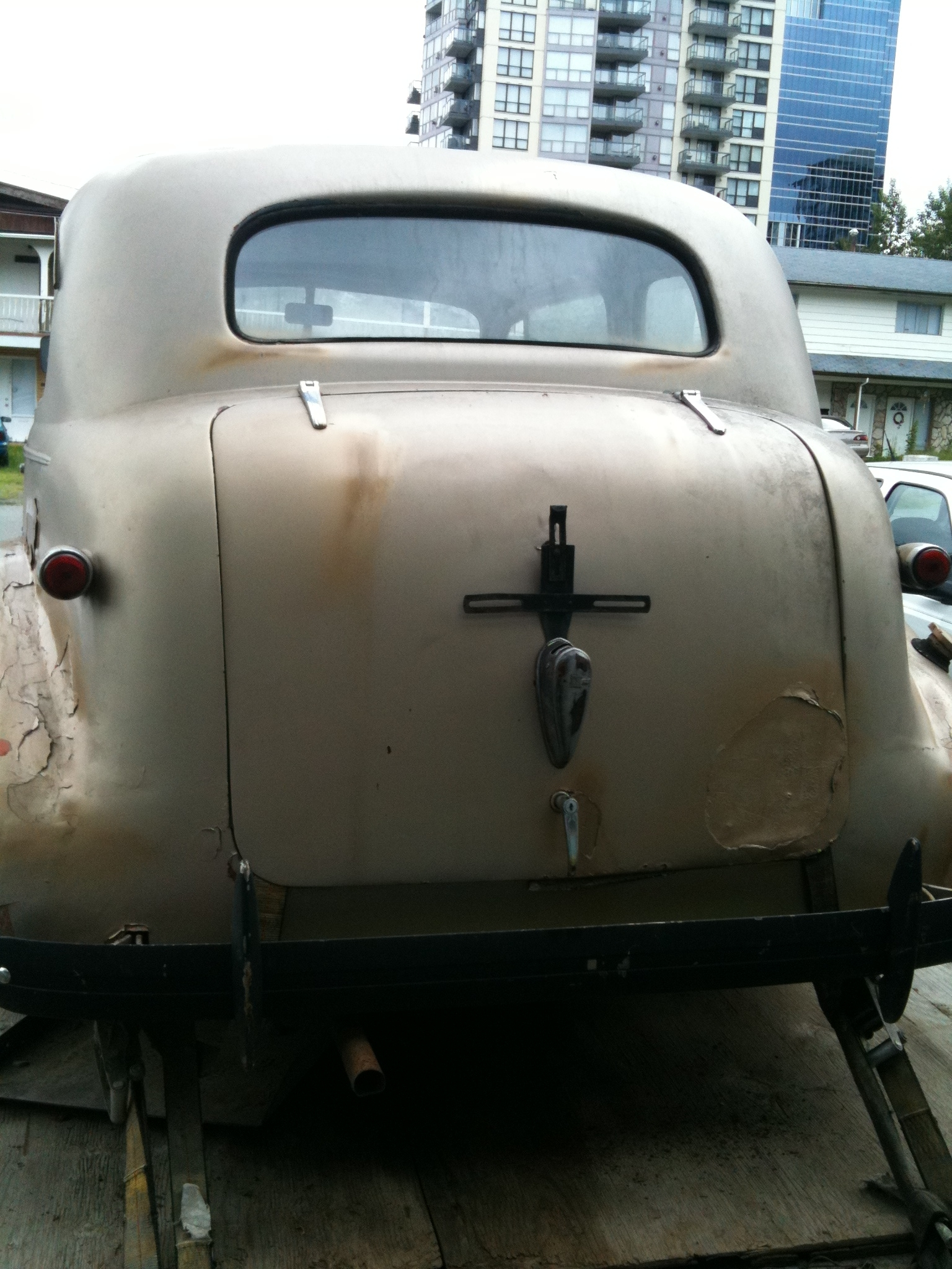 Another Jormungandr 1939 Chevrolet Master Deluxe post... - 15176715