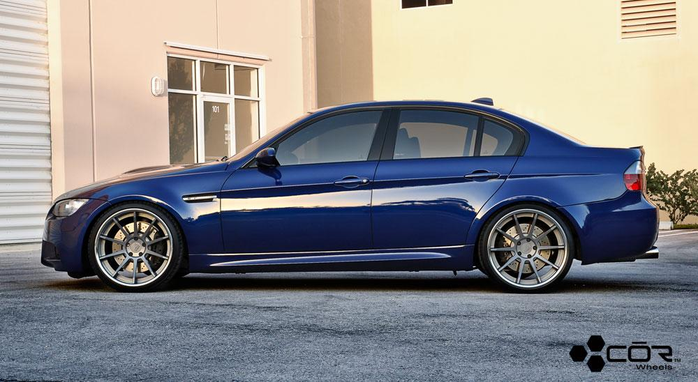 2010 BMW M3 - View all 2010 BMW M3 at CarDomain