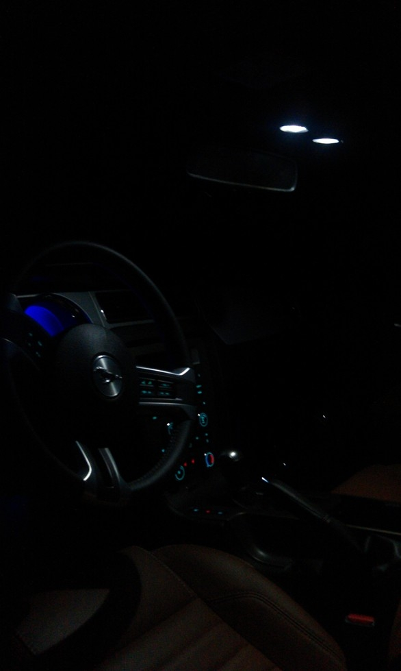 Another fadetoblack5 2011 Ford Mustang post... - 15180135