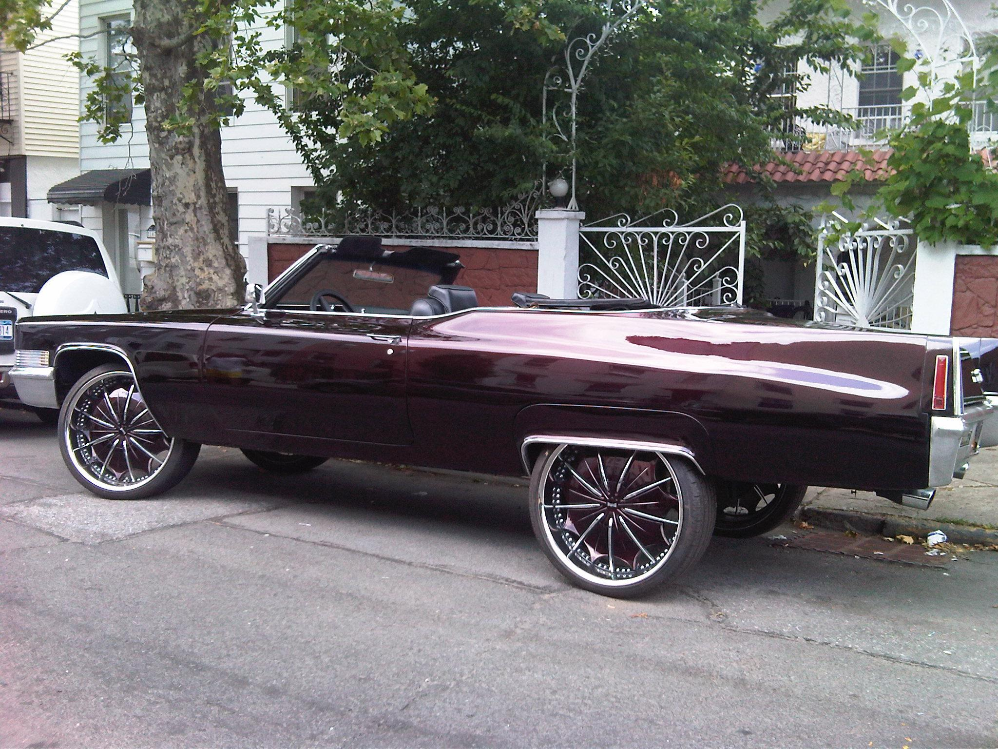 Another cusos 1970 Cadillac DeVille post... - 15183073