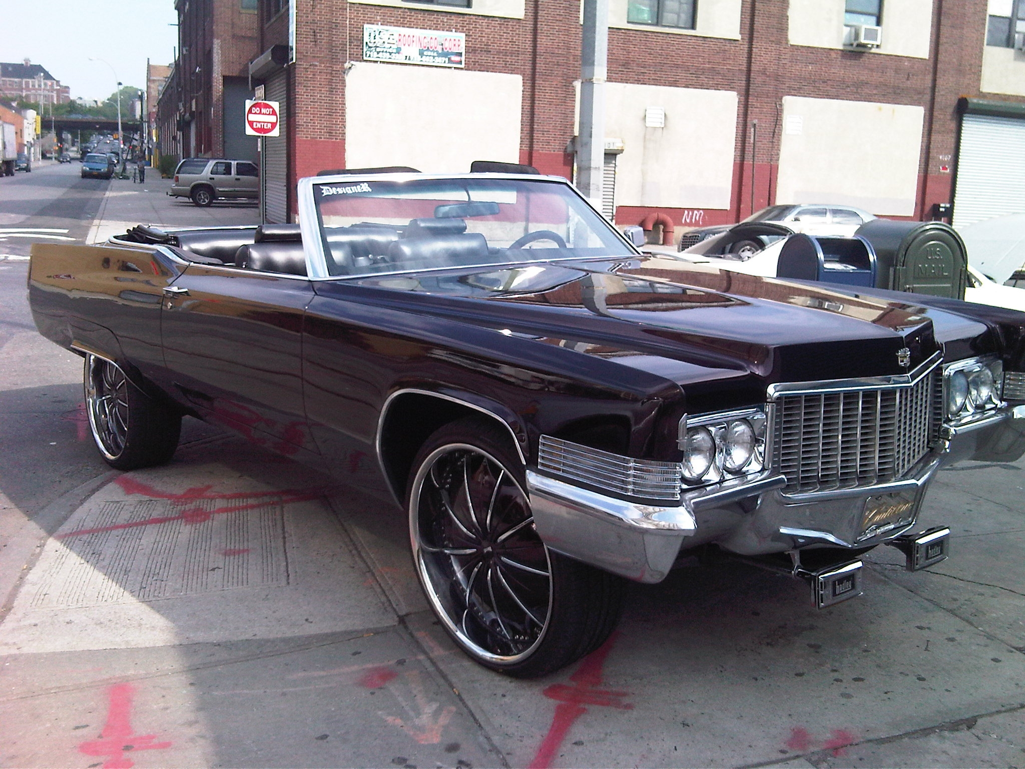Another cusos 1970 Cadillac DeVille post... - 15183075