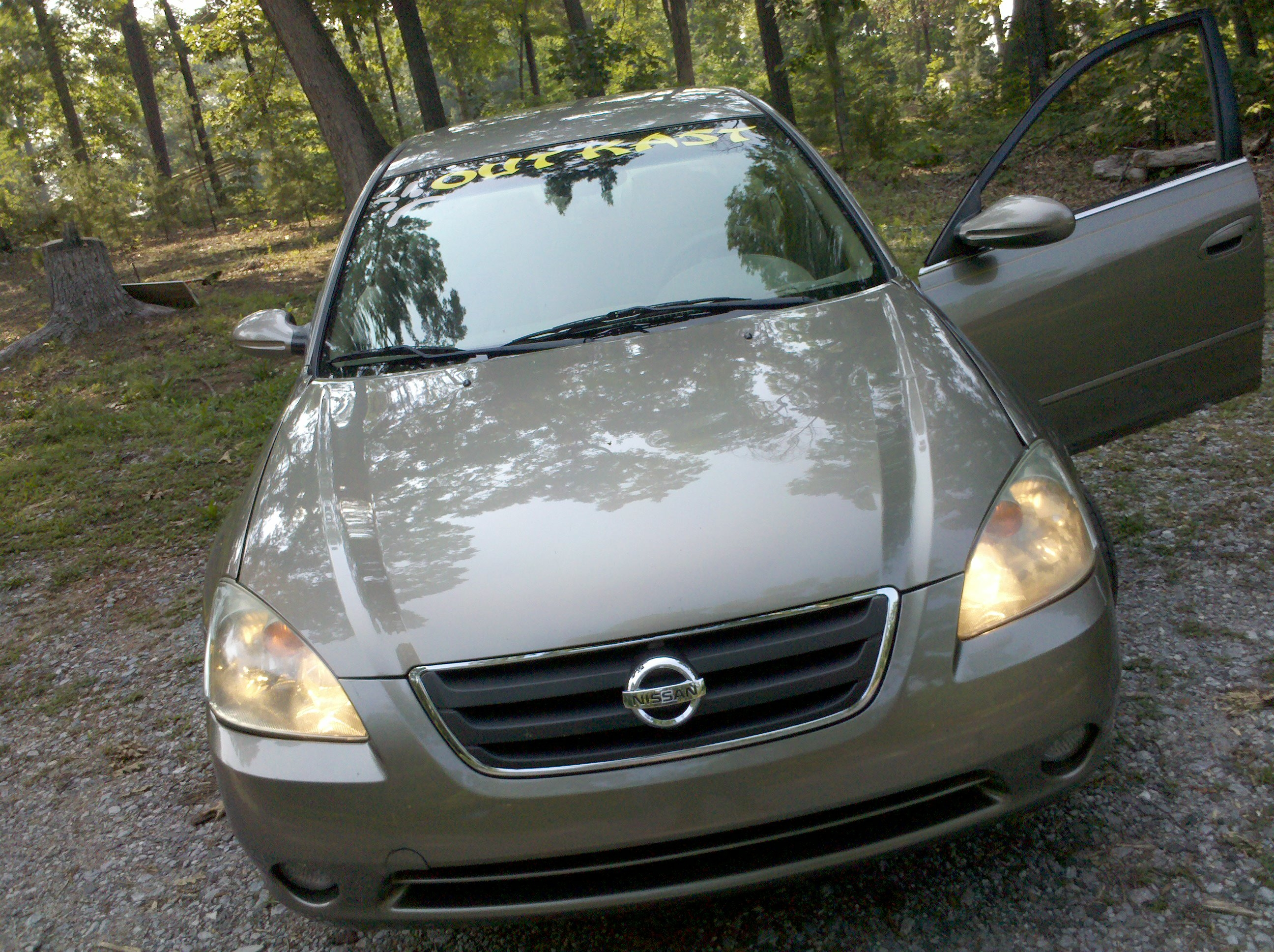 Another showtime0078 2004 Nissan Altima post... - 15183538
