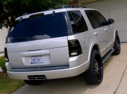 Seven13Texas 2002 Ford Explorer