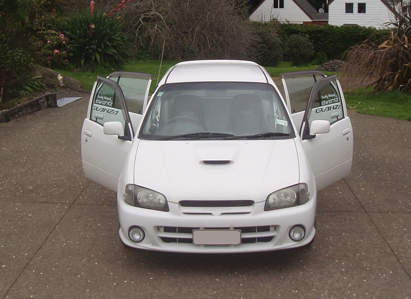 Another siren676 1998 Toyota Starlet post... - 15186412