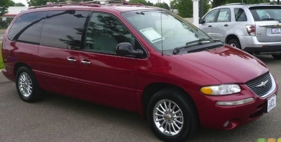 meezymoterz 1999 Chrysler Town & Country