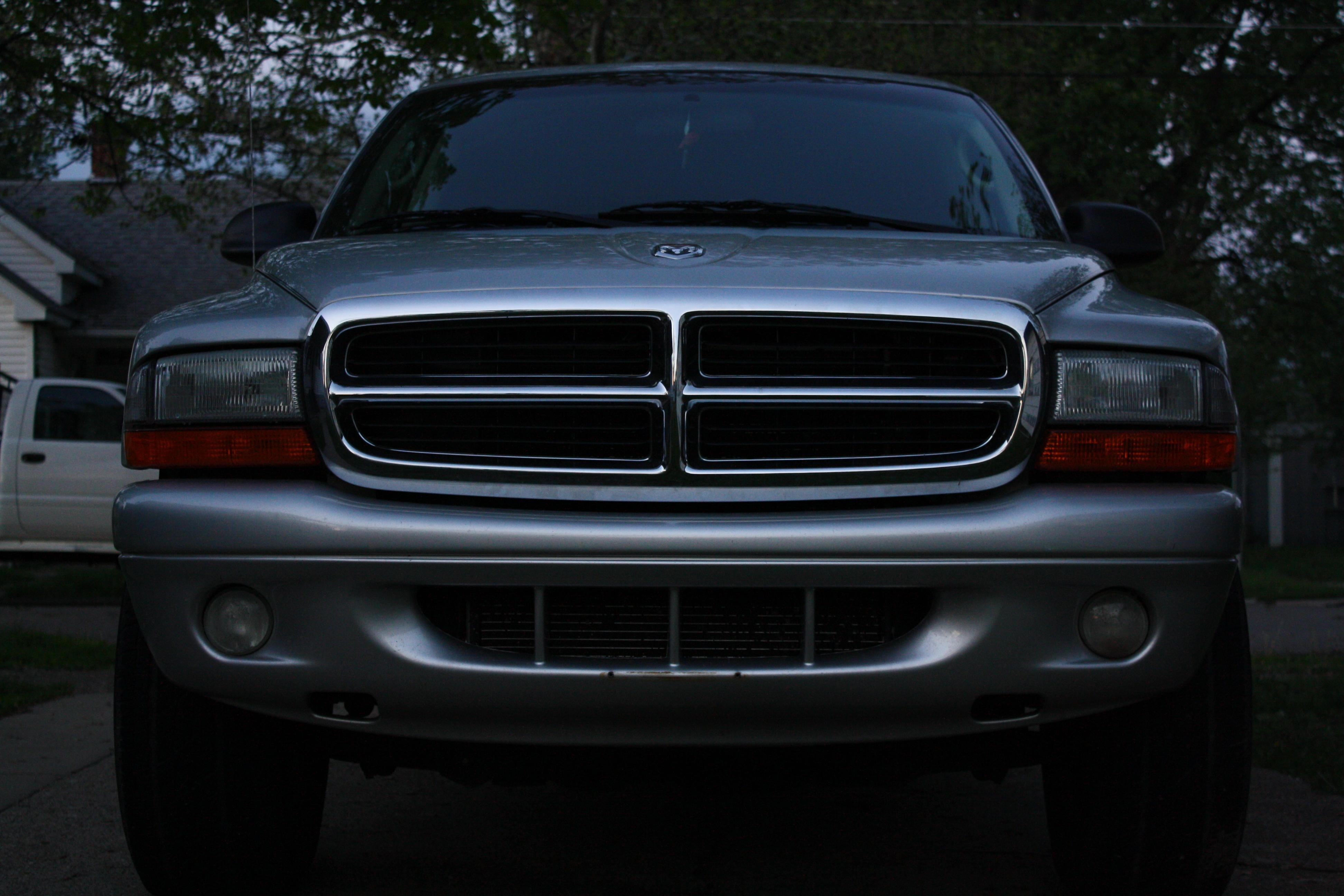 XxNightWolf90xX's 2002 Dodge Durango