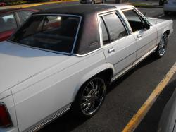 1989 Ford LTD Crown Victoria